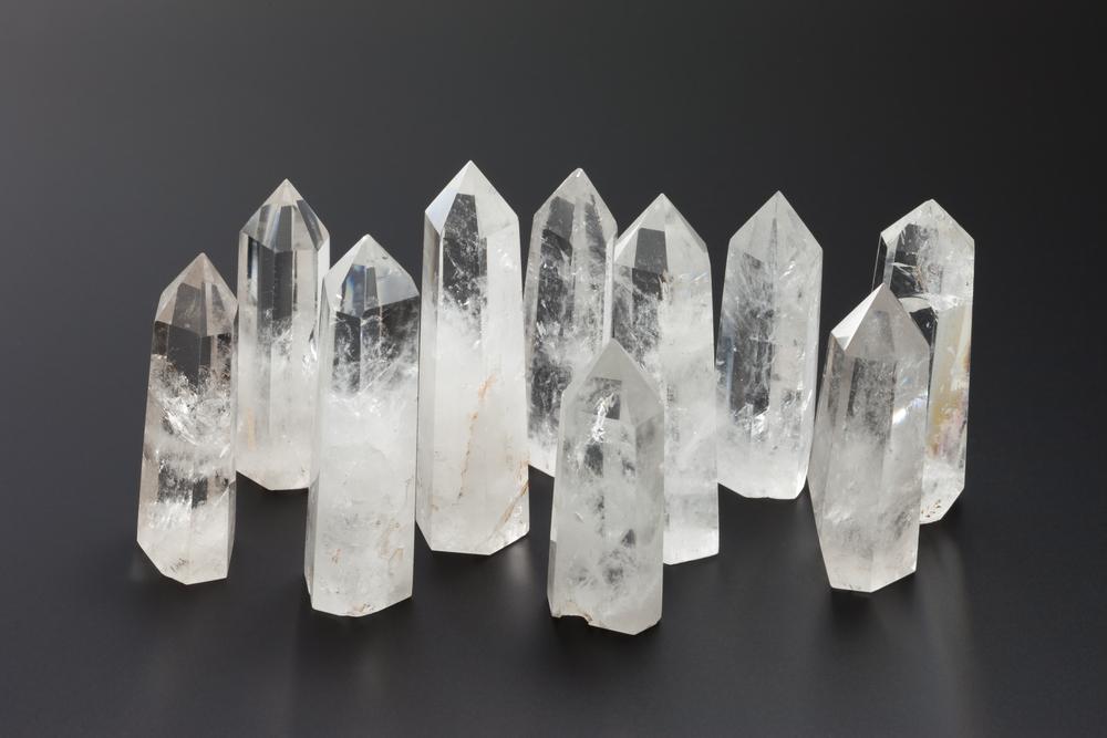 Cristallo Di Rocca Proprieta Benefici E 4 Utilizzi Alchimia